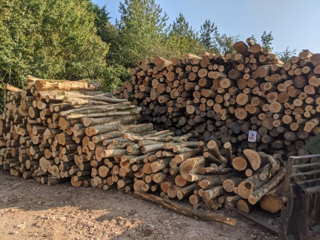 Firewood delivery in Tigerwick, Firewood delivery in Bodicote, Firewood delivery in Wroxton, Firewood delivery in Fenny Compton, Firewood delivery in Wappenham, Firewood delivery in Farthinghoe, Firewood delivery in Croughton, Firewood delivery in Fewcott, Firewood delivery in Westbury, Firewood delivery in Fringford, Firewood delivery in Chackmore, Firewood delivery in Syresham
